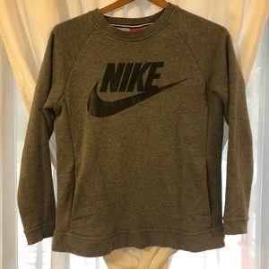 Women's Nike pocket grey crew neck
